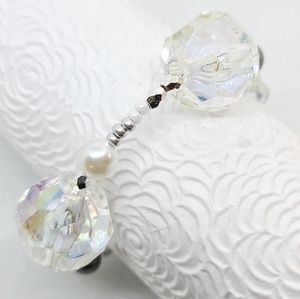 Brand new! Clear Pearlescent & Crystal Bracelet